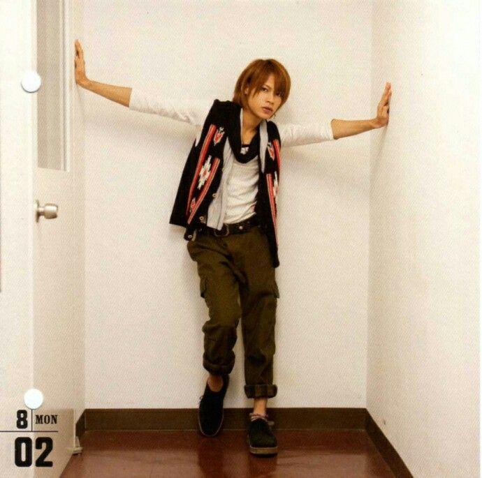 Ueda Tatsuya ; KAT-TUN Calendar : 08/02
