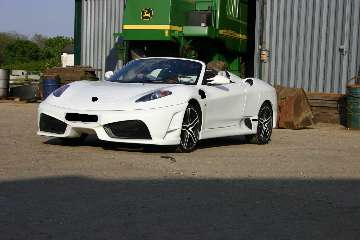 White Ferrari F430 Scudo replica based on Toyota MR2 roadster built