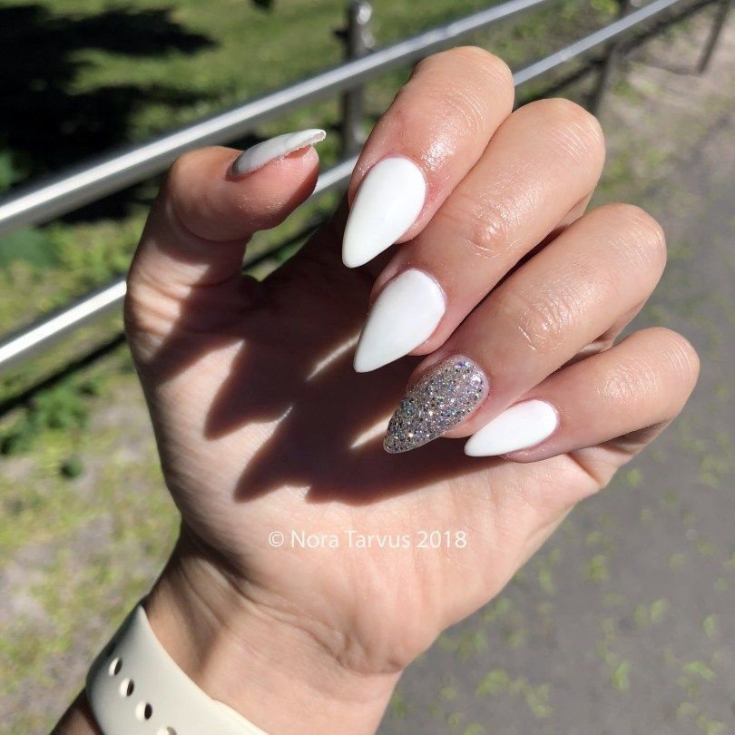 Gorgeous White And Glitter Stiletto Nails Acrylic Nails Are Back