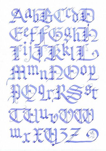 sierletters met krullen | alfabet - kalligrafie letters, kalligrafie