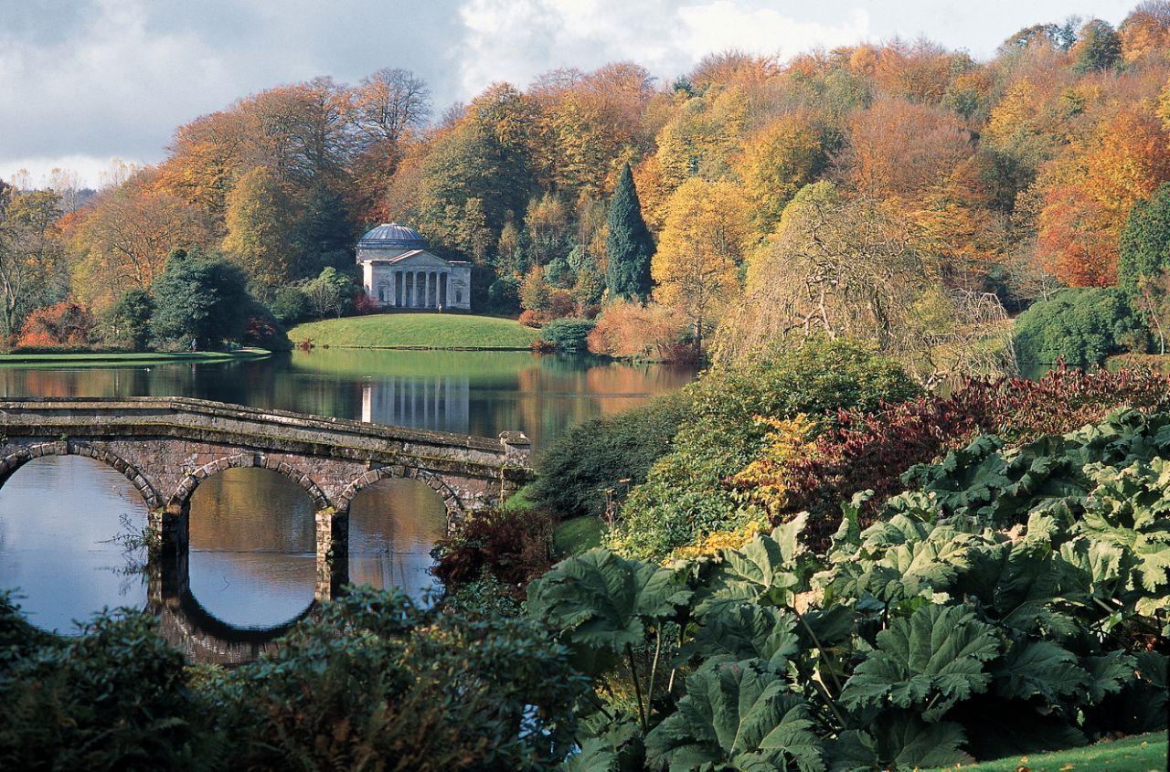 b4410b81acdb81cffbe2d83d1558ccbe - Best Time To Visit Stourhead Gardens