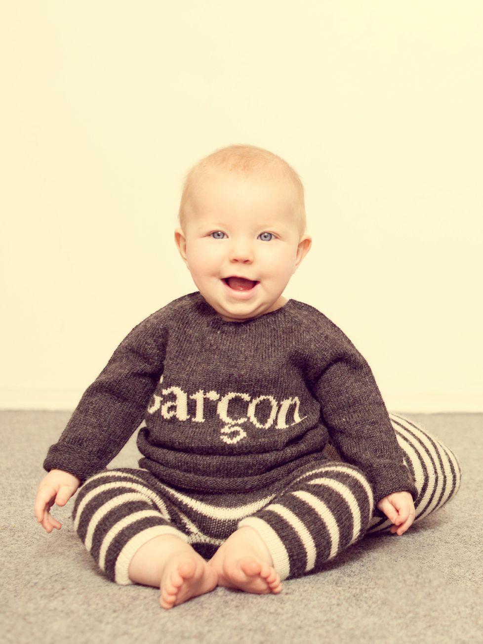 Katrina Tang Photography for Oeuf NYC BABiES AW 14. Happy baby sitting on a floor, laughing #katrinatang #tangkatrina
