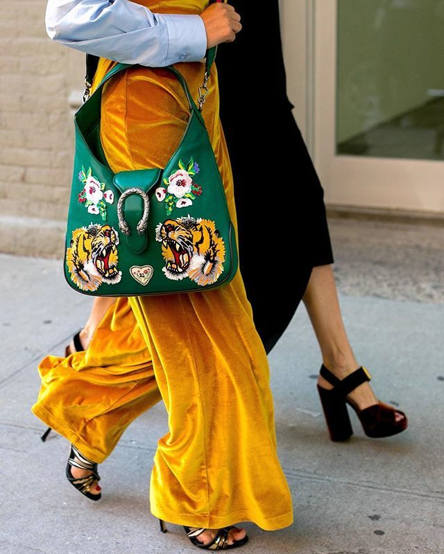 whatAgrrrr! For your tiger daily moment #whatAstreet @thecomplainers #gucci #detail #accessories #fashion #moda #streetstyle #newyork #fashionweek #nyfw #thecomplainers #adrianocisani