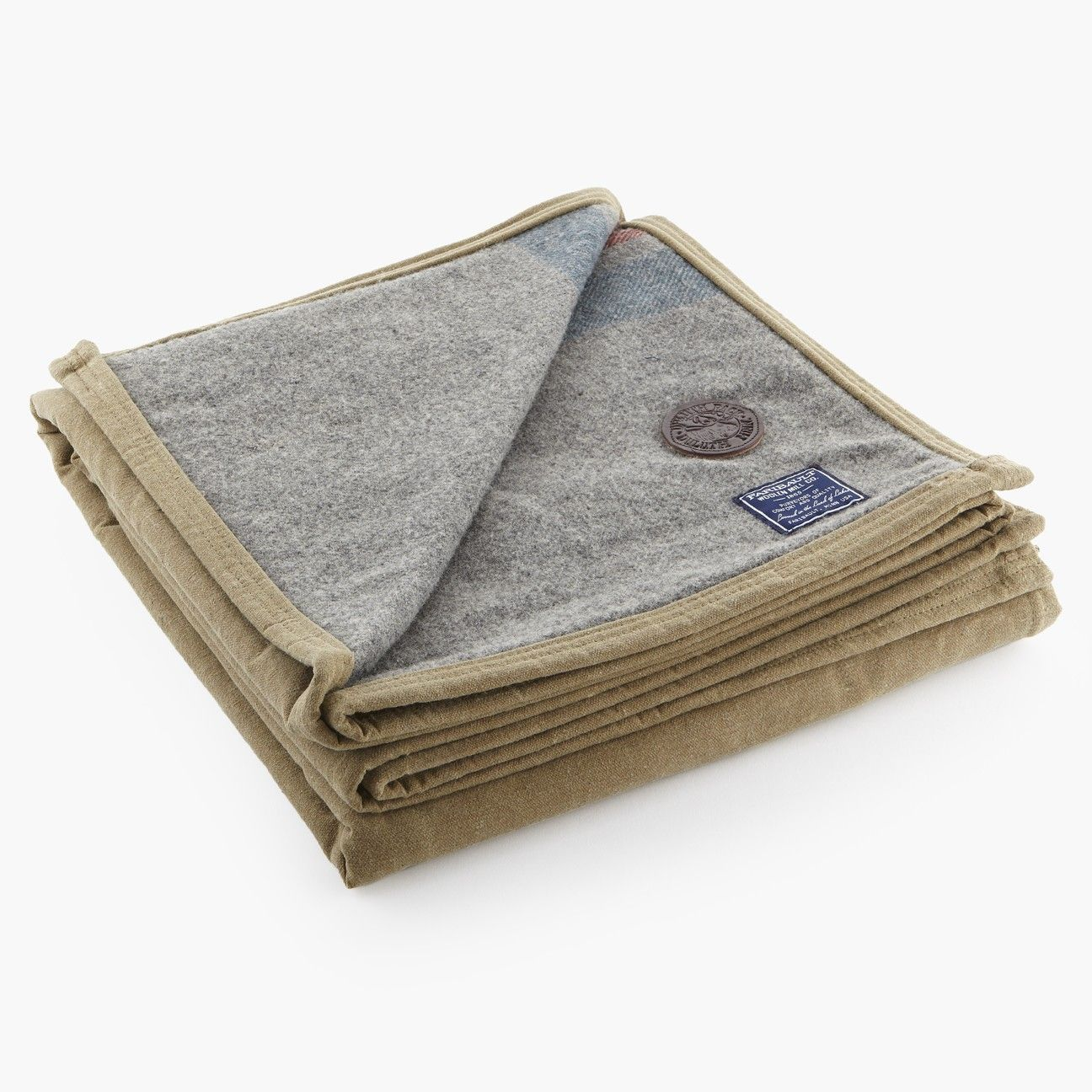 duluth pack wool camper one side is faribault blanket the other