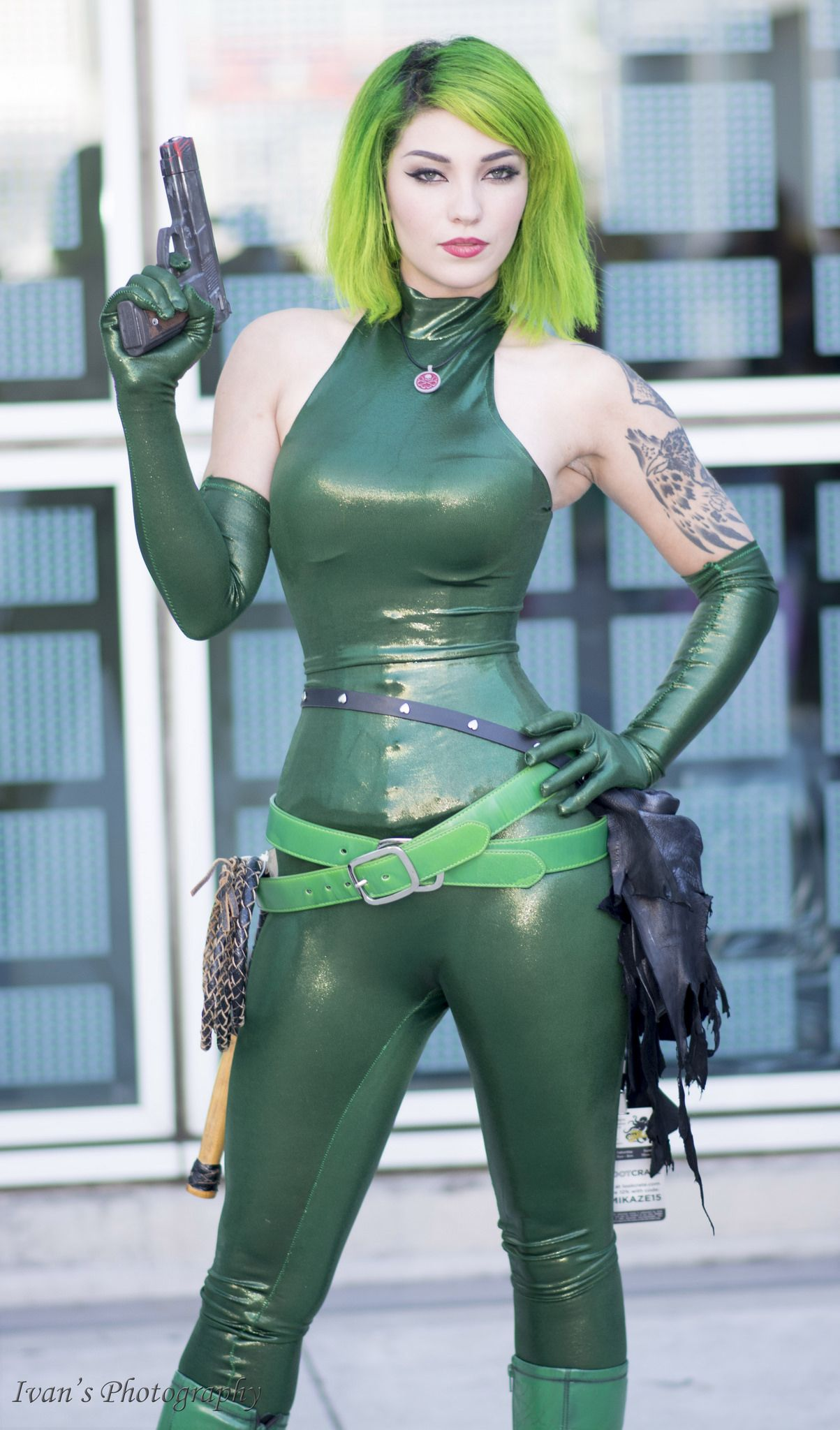 how to make a hydra costume