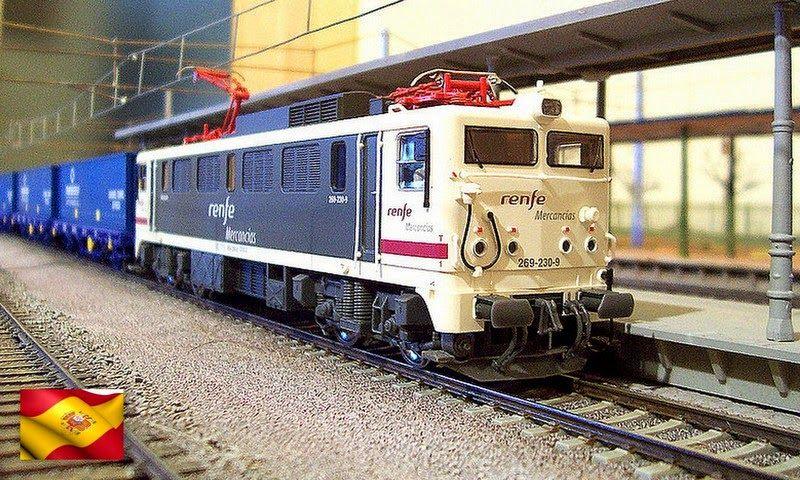 """Ferrocarriles españoles. Locomotora 269 """"RENFE Mercancías"""". Escala H0."""