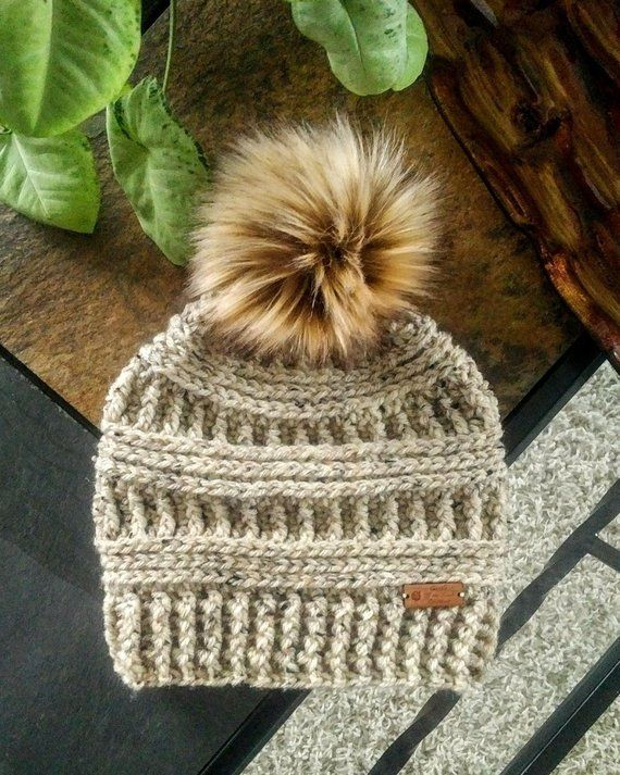 Crochet Beanie Pattern, Crochet Messy Bun Hat Pattern, Messy Bun Hat Pattern, Beanie Pattern, Messy Bun Pattern, Crochet Hat Pattern #messybunhat