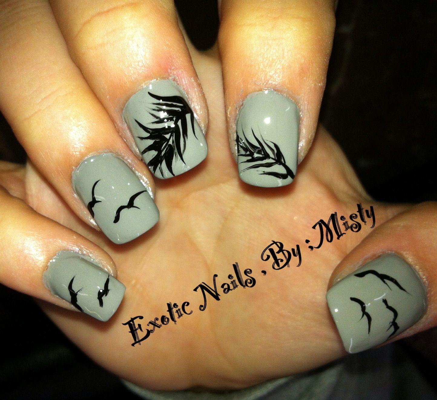 Feather nail art   Exotic Nails Hand painted nail art   Pinterest ...
