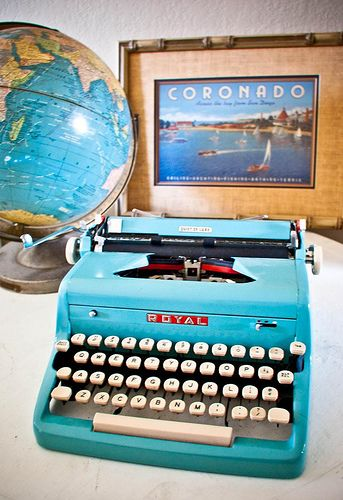 A writer's past time: 1950s Turquoise Royal Typewriter by Poetic Home, via Flickr