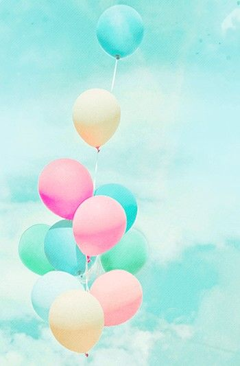 Pin By Naza Damanhuri On Nzdmnhr Cute Wallpapers Balloons Photography Iphone Wallpaper