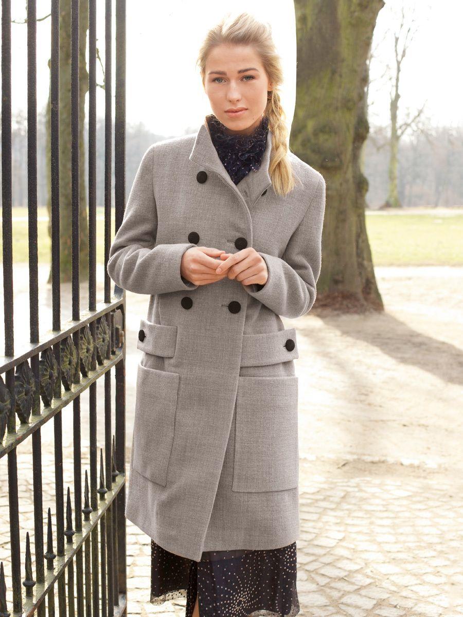 Leicht ausgestellter Mantel aus meliertem Walkloden mit ...