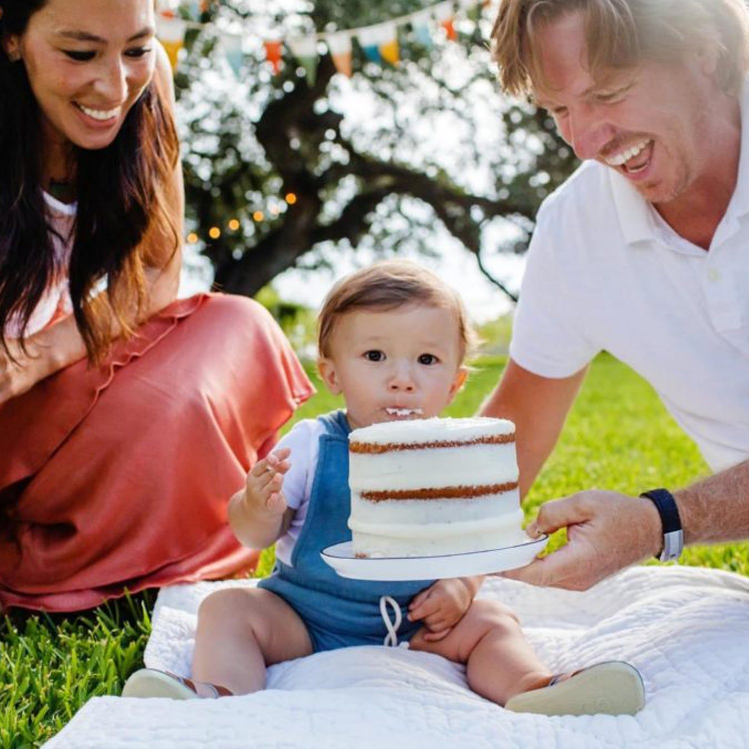 See Photos Of Joanna Gaines Celebrating Baby Crew S First Birthday
