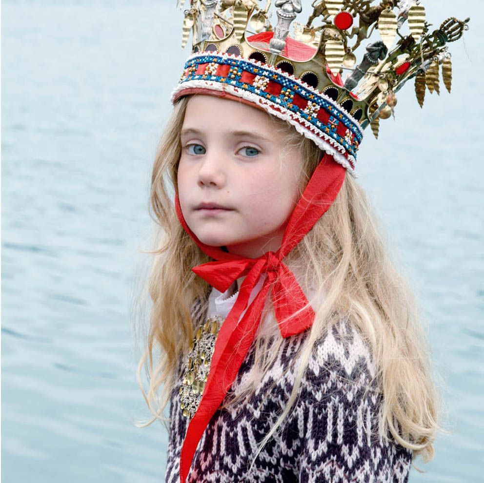 fregole.com #fregole #norwegian #knitwear #pattern #scandinavian #milkmagazine #baby #crown #girl #kid #princess #north