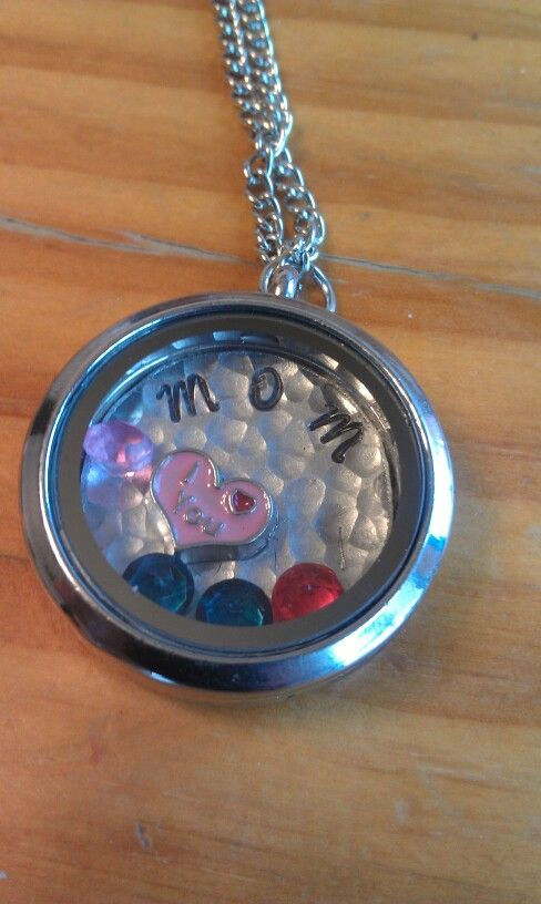 Mom living locket with hand stamped blank