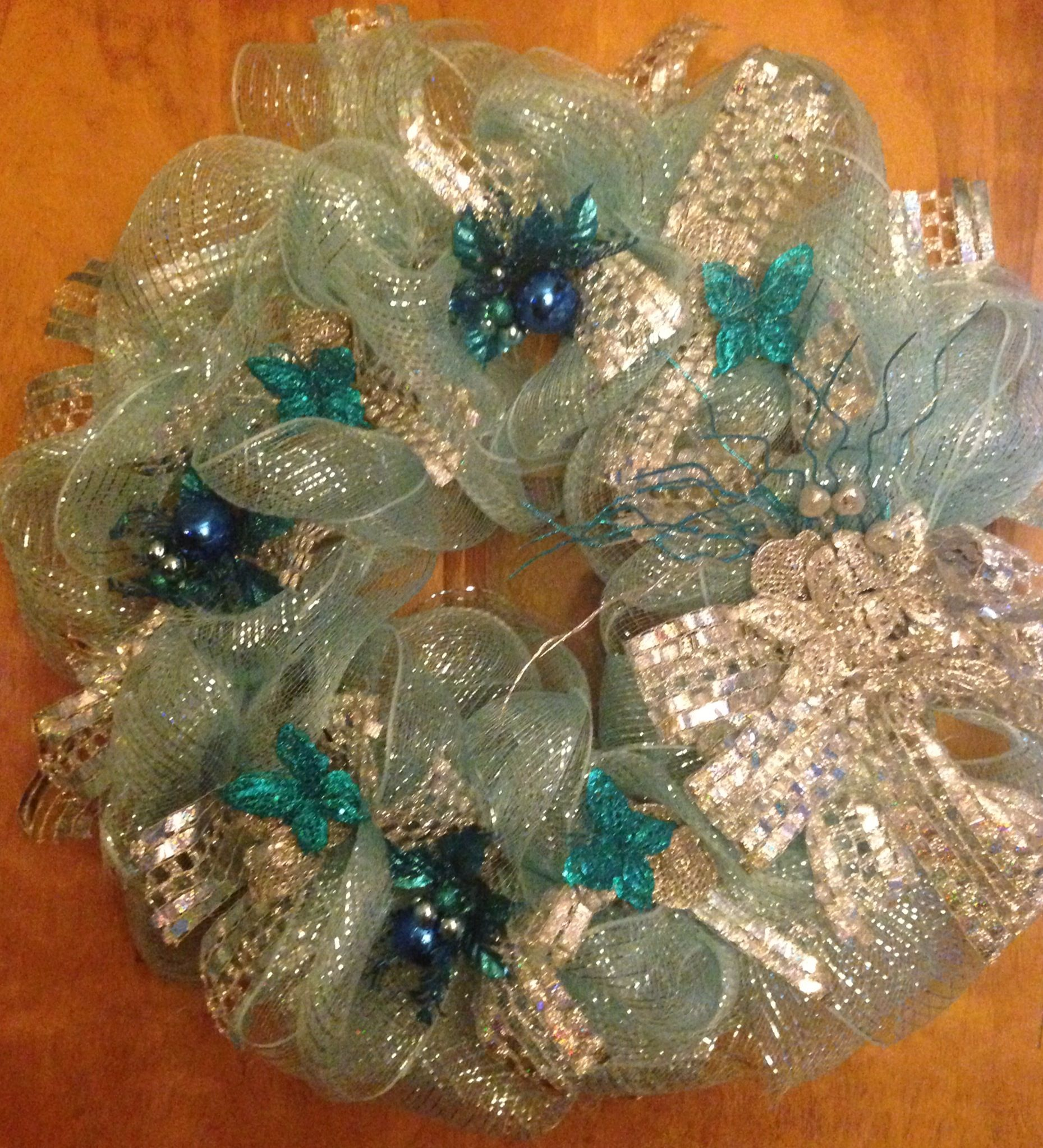 Blue and Silver Wreath.