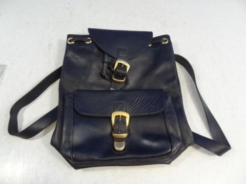 e97e77e8f4 Authentic-GIANNI-VERSACE-Medusa-Backpack-Hand-Bag-Black-Leather-Vintage