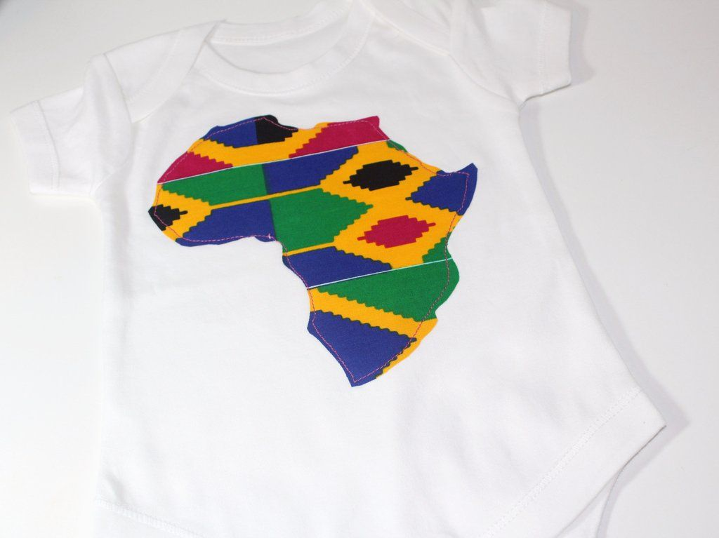 06a41aef31430 African print short sleeve baby bodysuit with Africa map in Kente ...