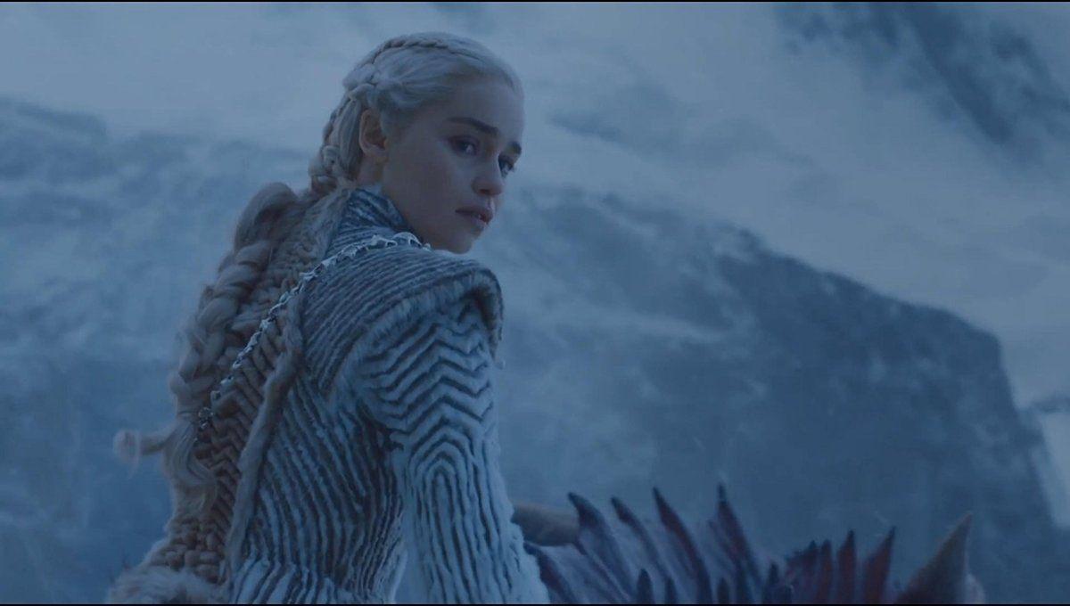 Daenerys Targaryen S Winter Look Is Her Best Yet Daenerys Targaryen Stark Family Military Memes