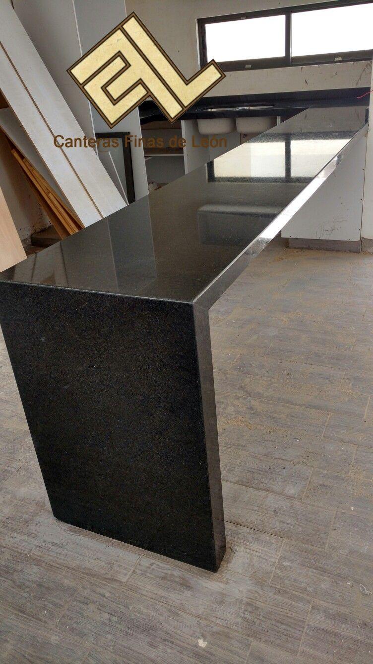Granito negro san gabriel marmol y granito pinterest for Decoraciones de marmol y granito