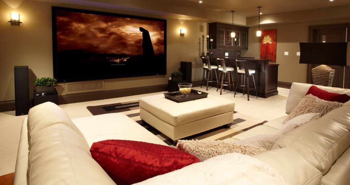 Cozy Entertainment Room Home Theater Rooms Home Theater Seating Home Theater Design