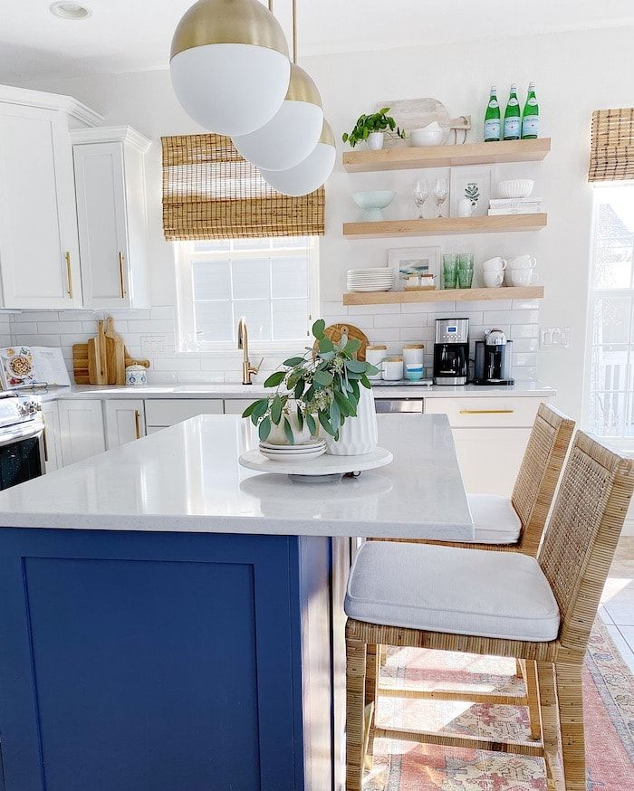These homeowners dream of settling closer to the ocean someday. In the meantime, this modern coastal inspired home tour proves that you don't need to live by the beach to decorate with coastal sensibilities! #moderncoastaldecor #moderncaliforniacoastal #modernfloridacoastal #coastaldecorating #coastalliving #beachstyles #seaside #coastal #california #capecodstyle #dreamhomes #whitekitchen #serenaandlily #sff225