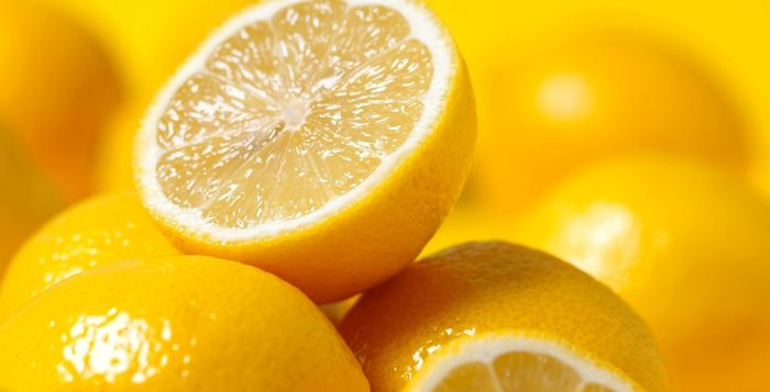Lemon Benefits and Lemon Storage Tips Lemon is a small yellow fruit that is easily available over the world. Because is grows in every part of the globe, the uses of lemon are also uncountable. According to an old Chinese tradition, lemon can even save...