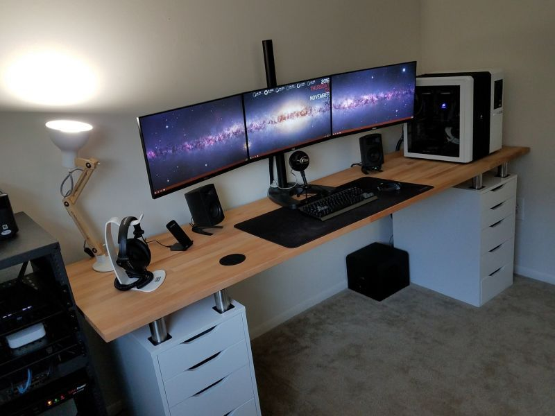 The triple monitor dual desk workspace for the home pinterest