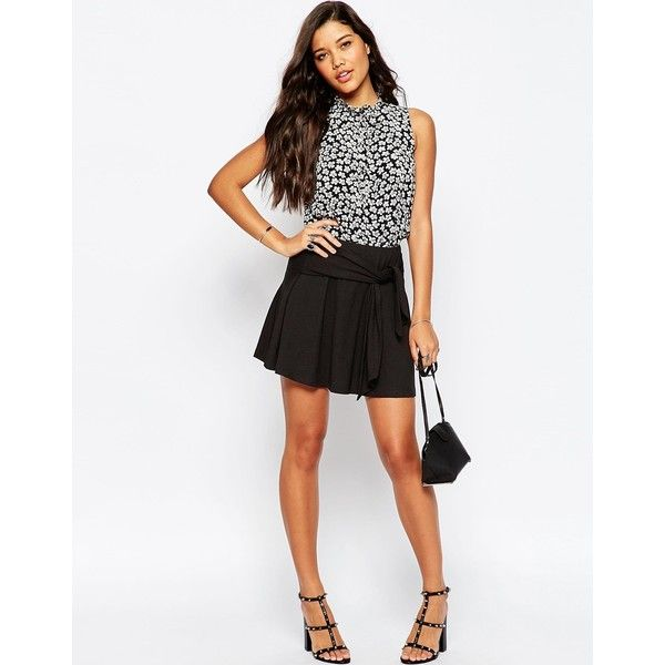 ASOS Skater Skirt in Jersey with Tie Knot Waist Detail (190 NOK) ❤ liked on Polyvore featuring skirts, black, high waisted knee length skirt, knotted skirt, elastic waist skirt, tie-dye skirt and high-waisted skater skirts
