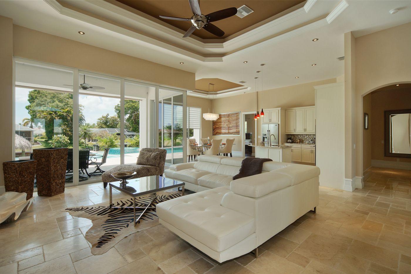 Living room in Cape Coral Luxus villa, Villen, Ferienhaus