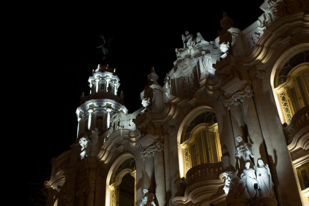 Gran Teatro de La Habana, Instalación de Luminarias_5