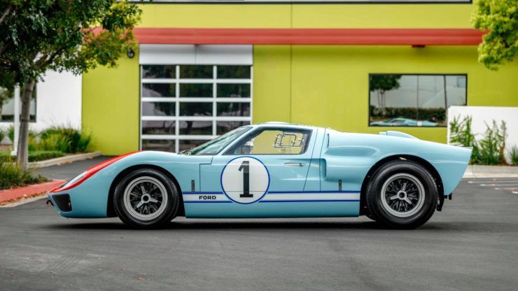 For Sale The Ken Miles Car From Ford V Ferrari A Superformance Ford Gt40 Em 2020 Filmes