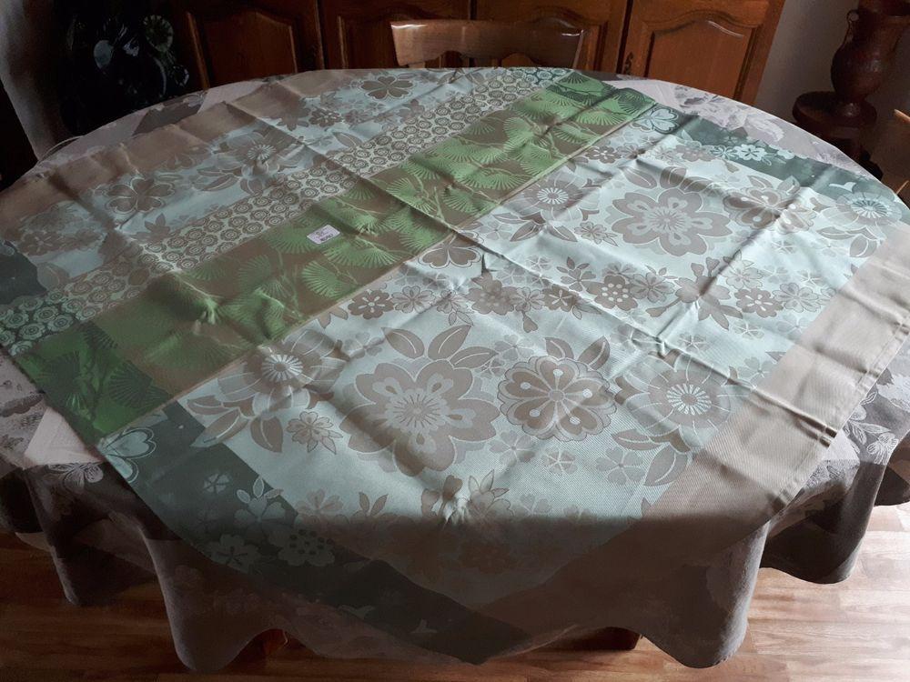 jacquard francais tablecloth sakura 47