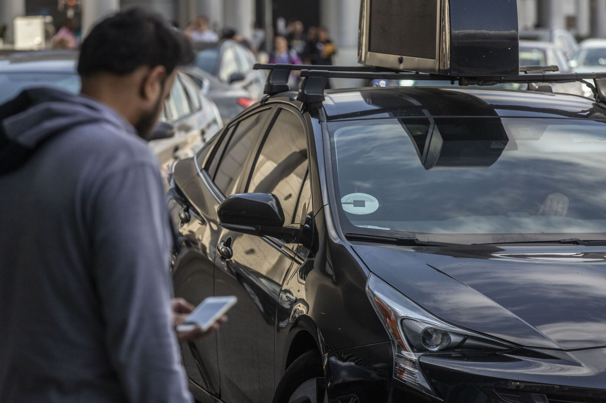 Uber Falters in First Legal Attack on California Gig