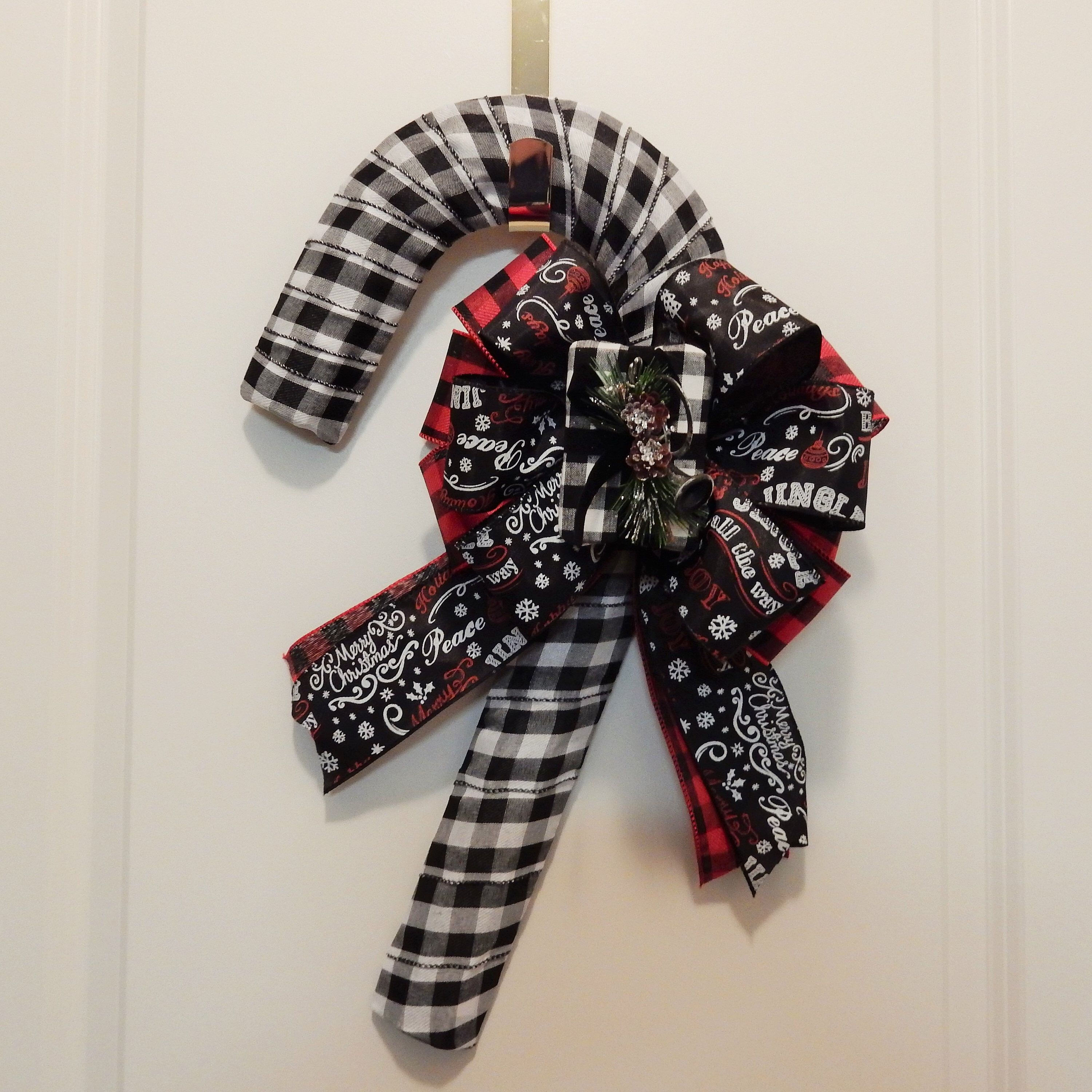 Candy Cane Door Hanger, Buffalo Plaid Candy Cane, Christmas Wreath, Front Door Wreath, Holiday Wreath, Candy Cane Wreath, Christmas Decor