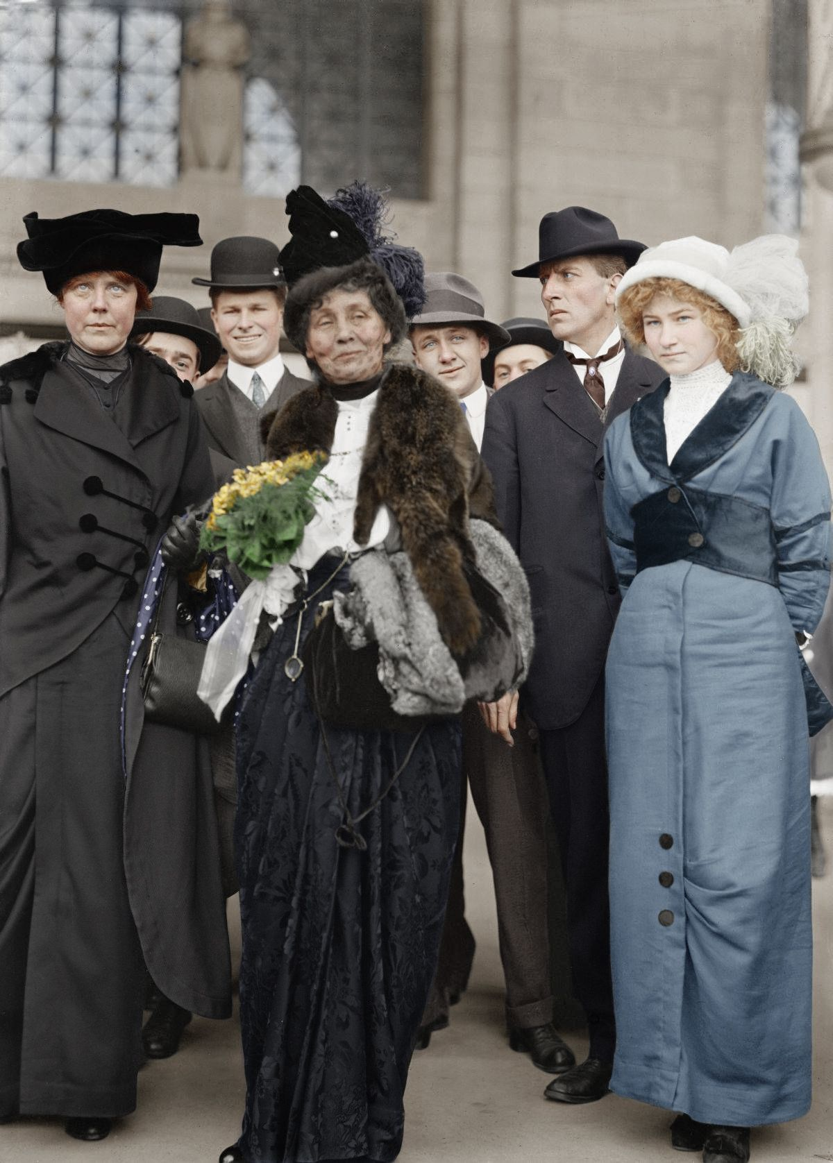Ibyp07ohpm0neo Jpg 1200 1676 Women In History Suffragette Colorized History [ 1676 x 1200 Pixel ]