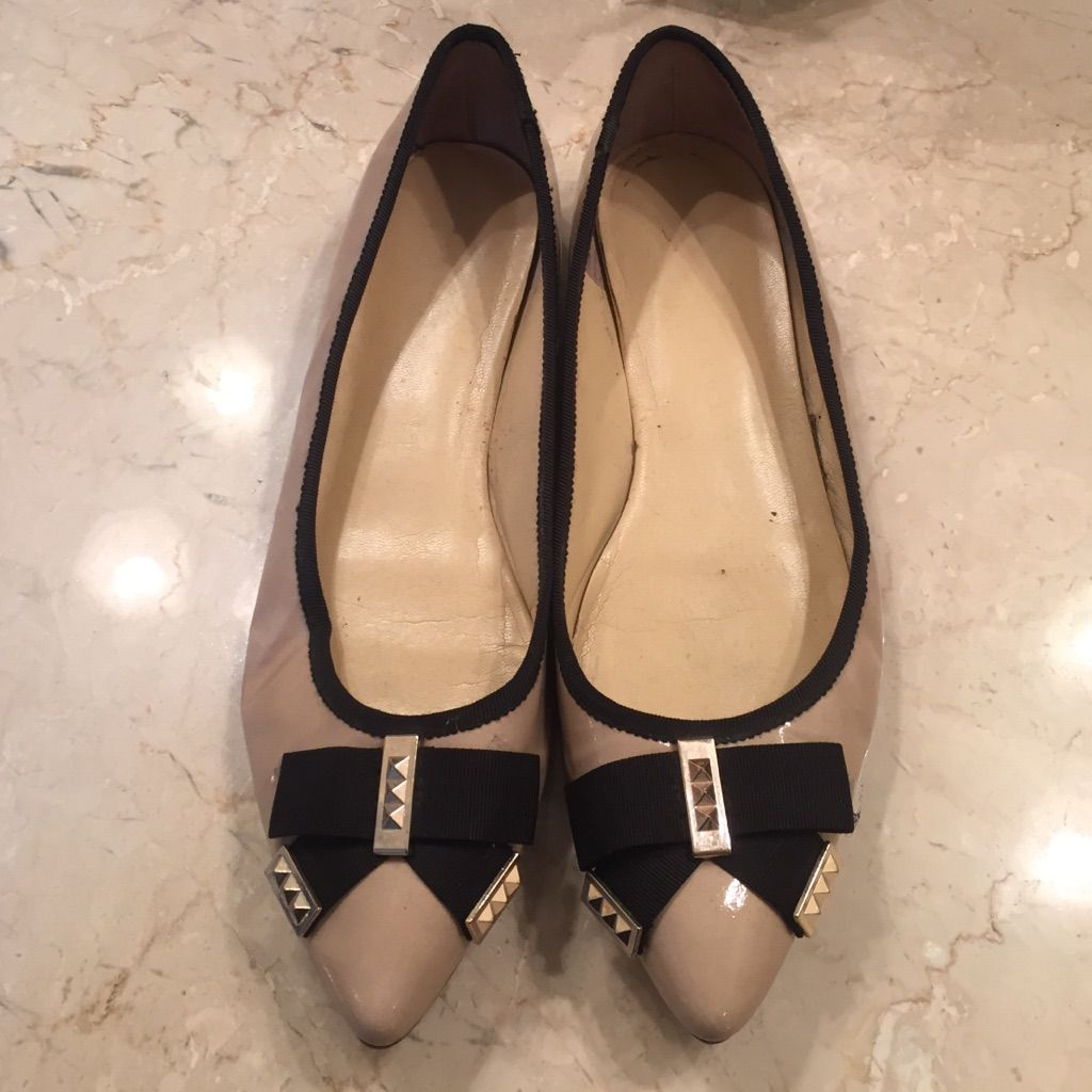 Adorable Detailed Flats
