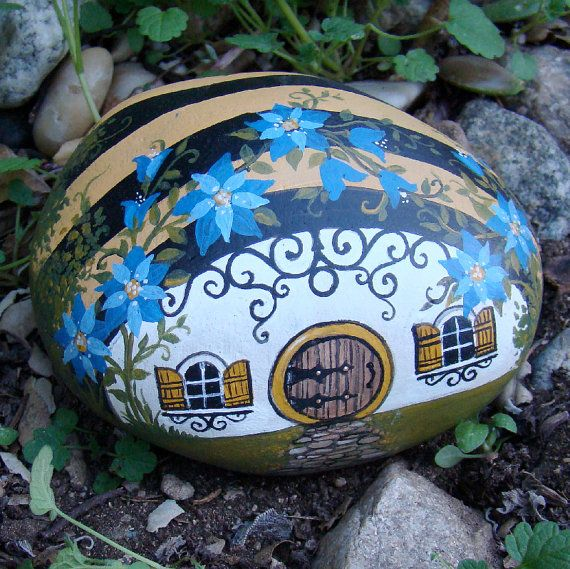 Painted Garden Stones: BUSY BEE HOUSE Hand Painted Garden Rock. By MyGardenRocks