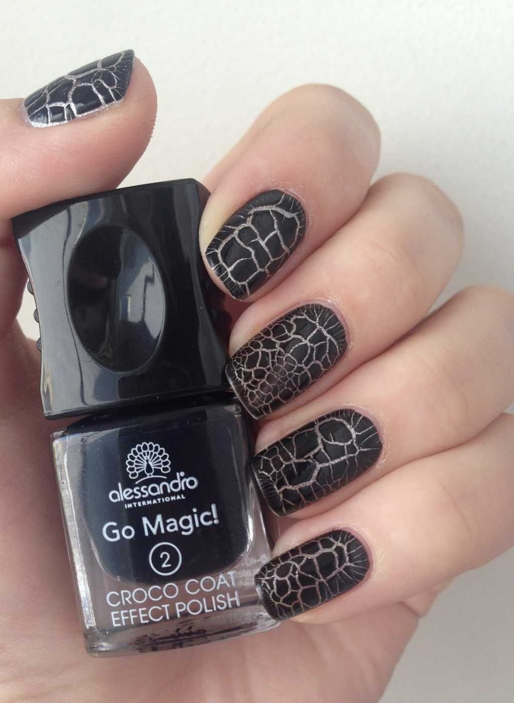 Black Mani Using Crackle Nail Polish One1lady Nail Nails