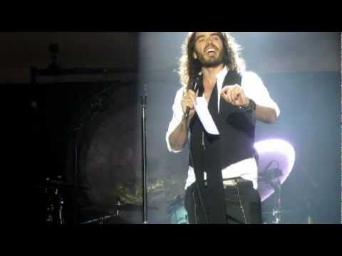 Russell Brand introduces Morrissey - Alma Matters (Live @ Hollywood High...