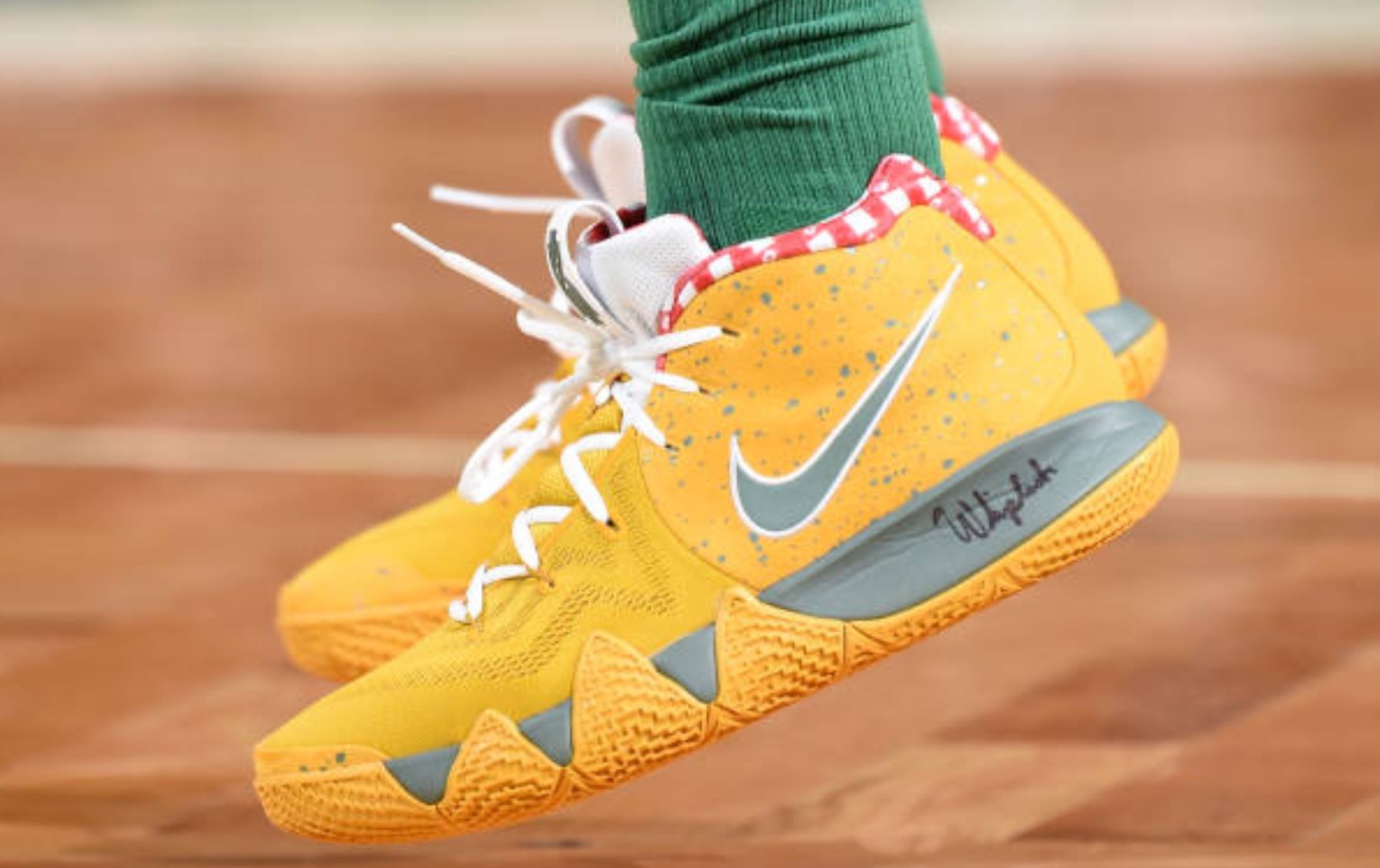"newest db97e d6cae Kyrie4 ""Yellow Lobster"" PE KyrieIrving"