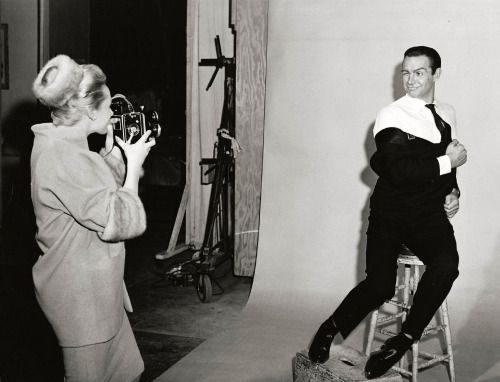 valentinovamp: Sean Connery & Tippi Hedren goofing around on the ...