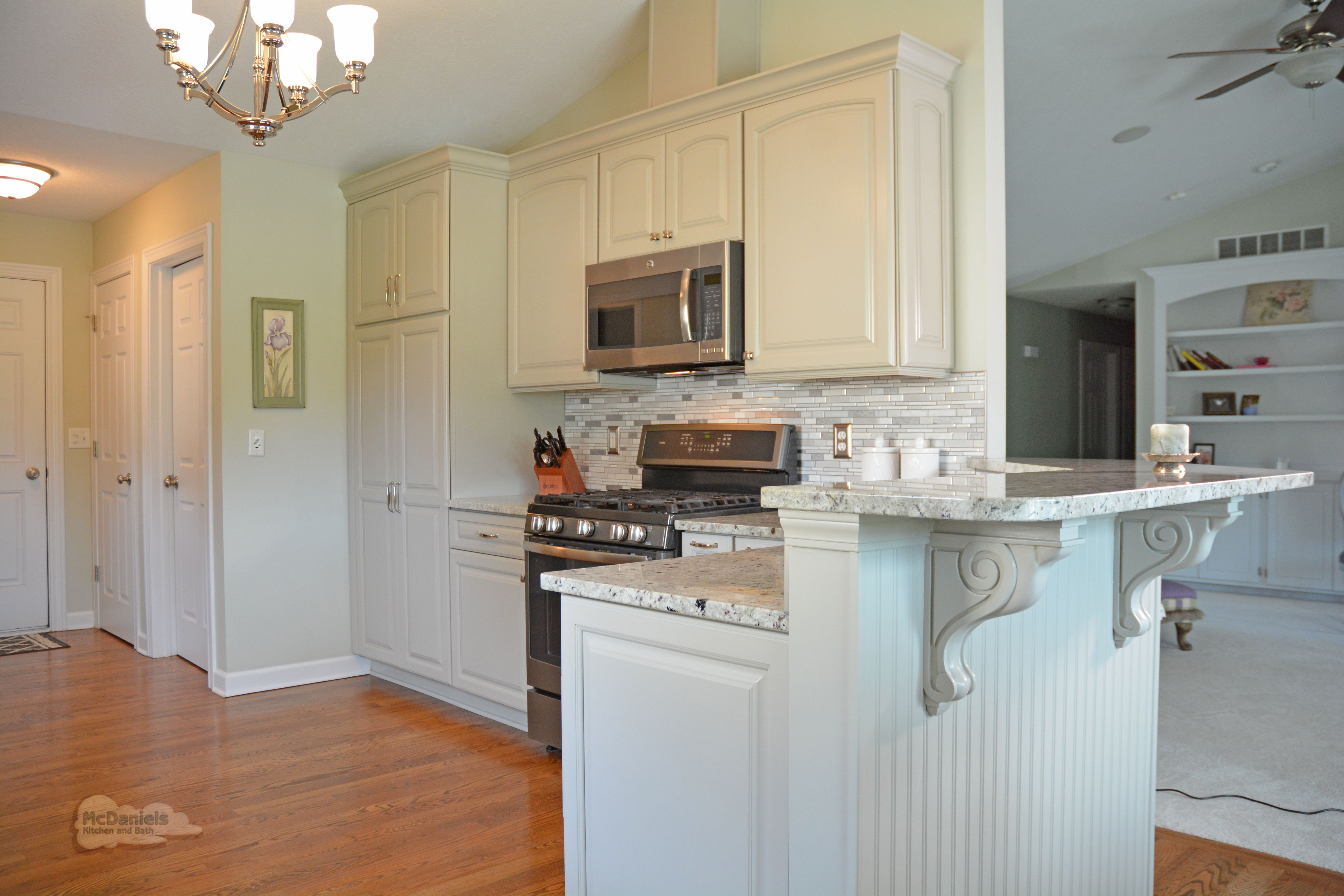 Pin On Elegant Kitchen Remodel In Charlotte Mi