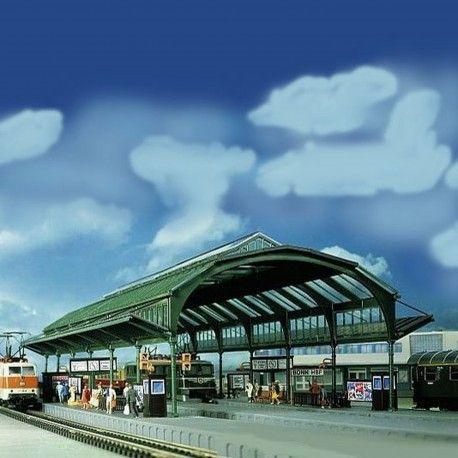 Verrière de #gare #N #Kibri A retrouver ici : http://www.latelierdutrain.com/les-quais-et-passerelles-pietons/100050-verriere-de-gare-n-1-160-kibri.html