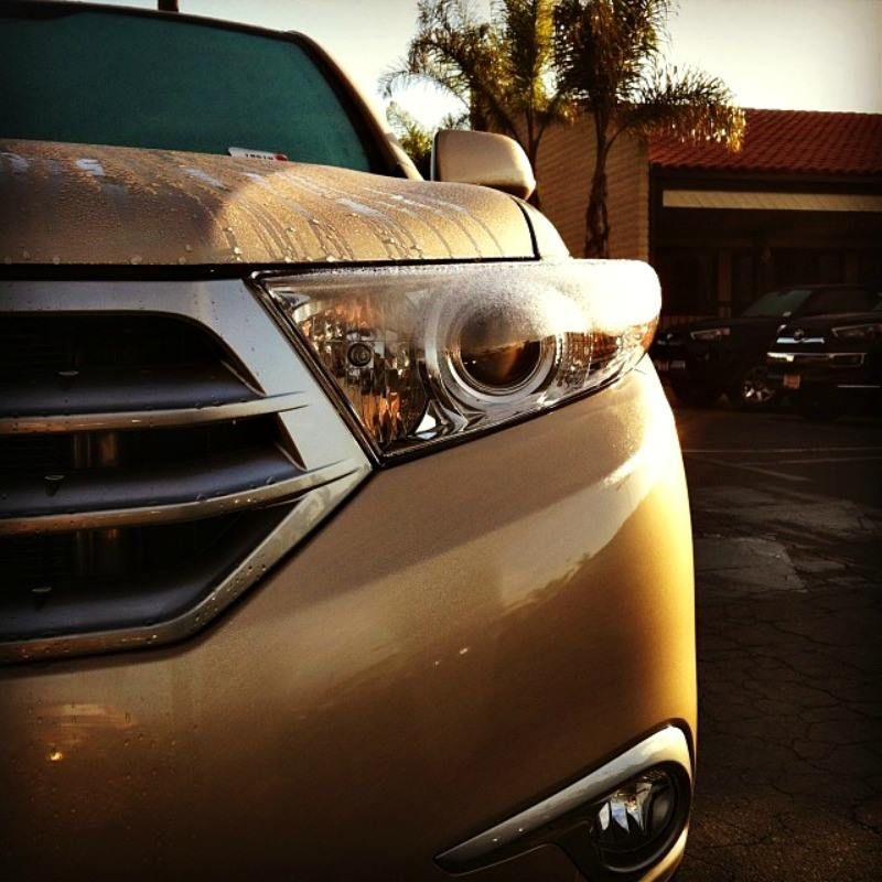 We can't help but have a crush on the Toyota Highlander