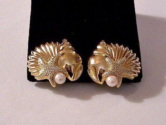 f6fcc915b Avon Pearls Sea Shell Starfish Clip On or Pierced Post Stud Earrings Gold  Tone Vintage Large