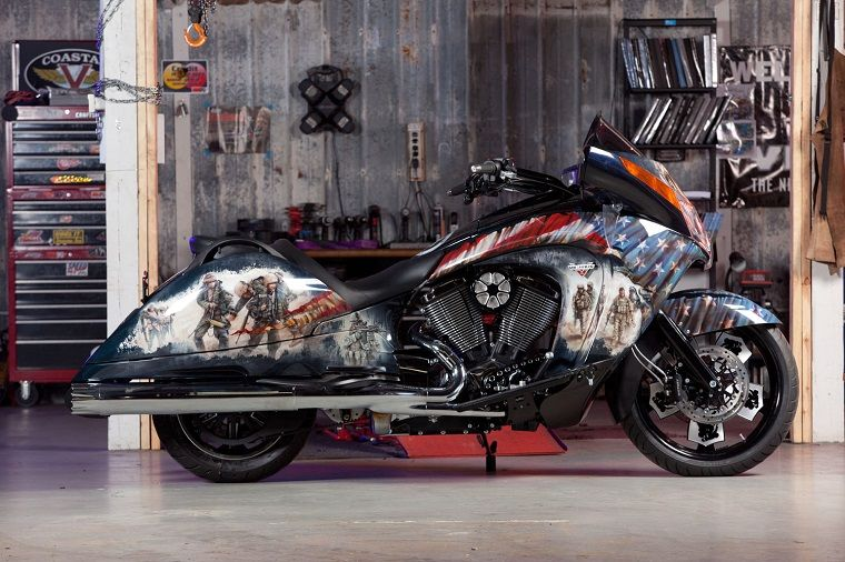 Coastal Victory Pays Tribute To Injured Veterans With A Custom Vision Victory Motorcycle Victory Motorcycles Motorcycle Victory Motorcycle