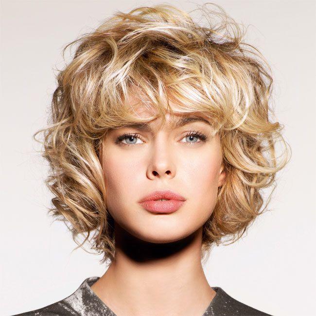 Coiffure cheveux mi-longs - SHAMPOO - tendances automne-hiver 2014-2015 | Hair updos, Hair ...