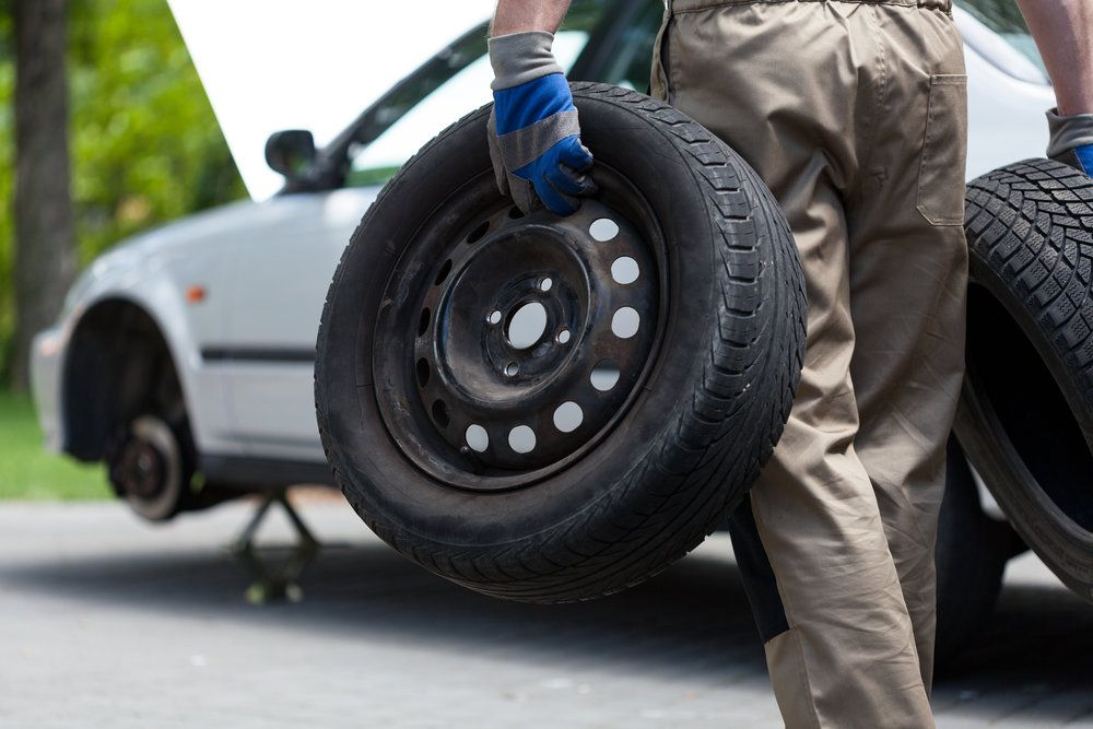 24 hour mobile tire repair flat tire change services in