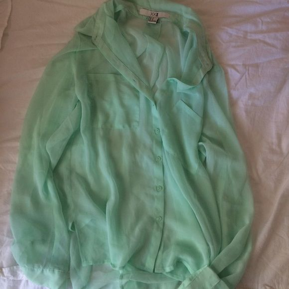 Chiffon button top Mint green chiffon button up top from Forever 21. It's never been worn, new without tags. Forever 21 Tops