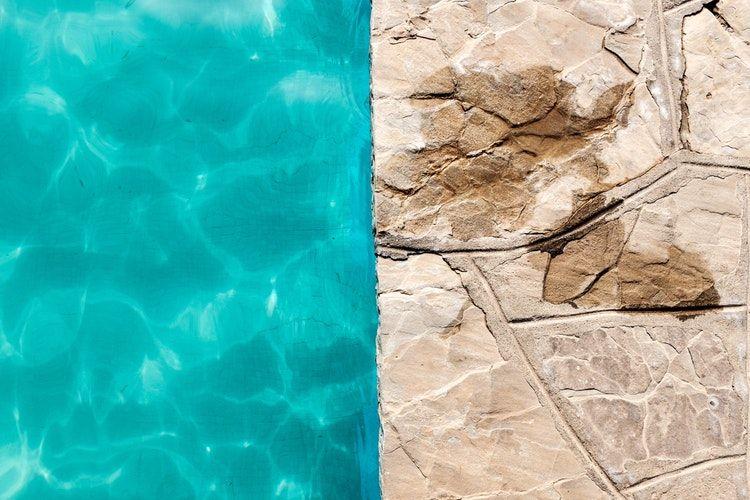 Salt Water Pool vs Chlorine Pool Pool chlorine, Pool